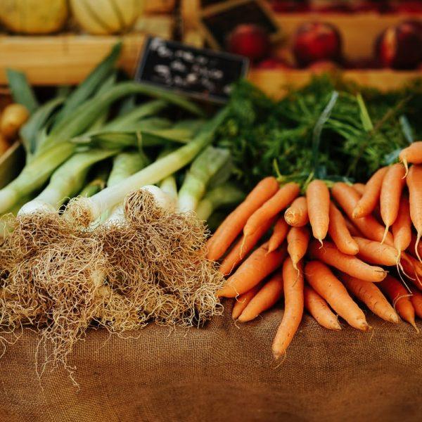 Fresh seasonal produce at farmer's market.